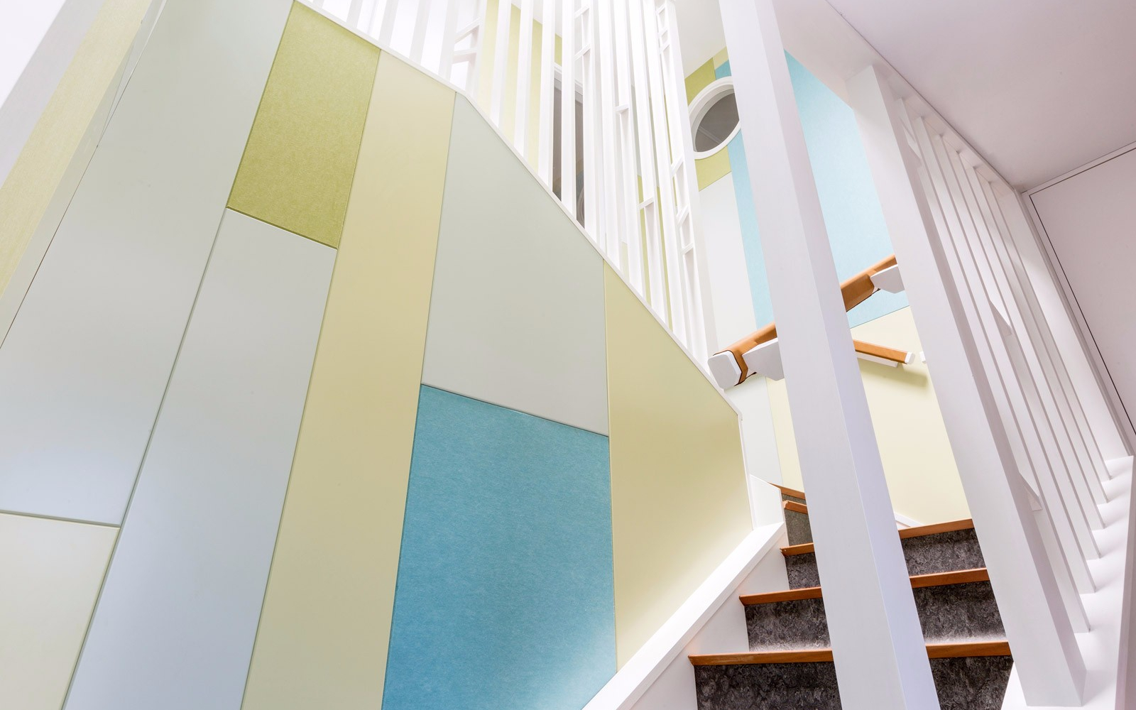 Simpson-Hindson-House_stairwell-from-below_2-of-6